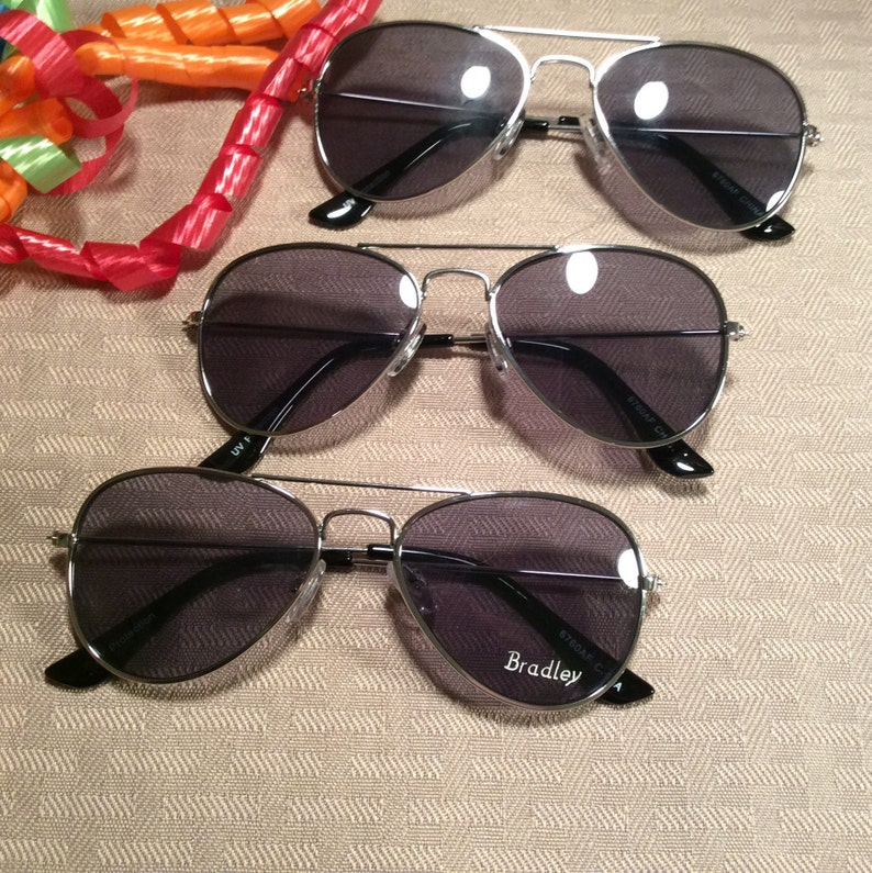 475840771832e TINY NON-MIRROR Personalized Aviators Engraved with a Name.
