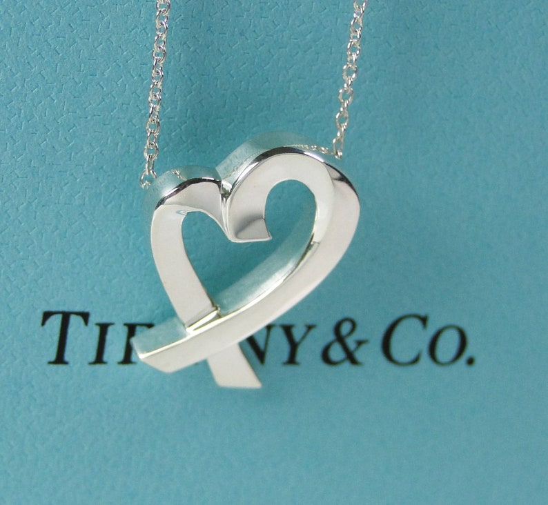 74f45135edf38 Tiffany & Co. Paloma Picasso Loving Heart Pendant Necklace w/ box