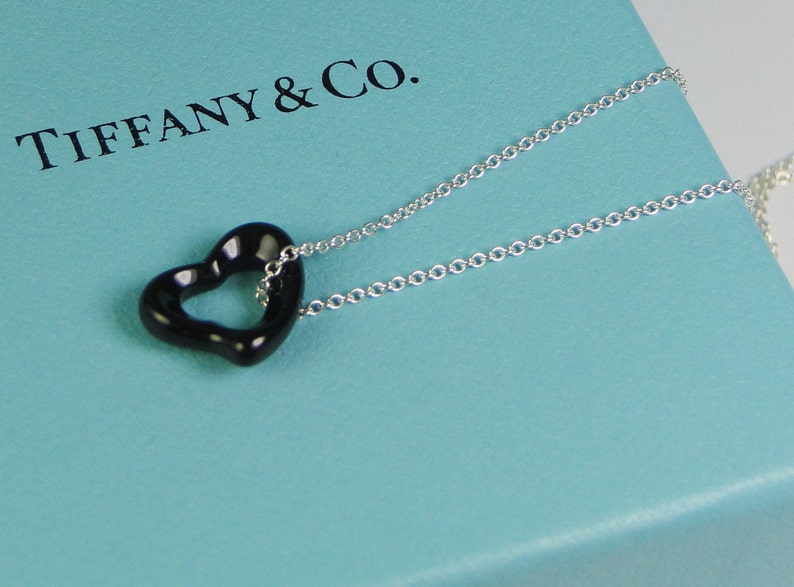 91a745af6 Tiffany & Co Peretti Black Jade Open Heart Pendant Necklace   Etsy