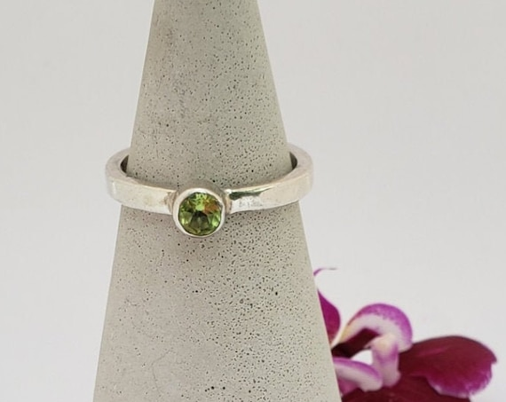 Spring Green Peridot & Sterling Ring