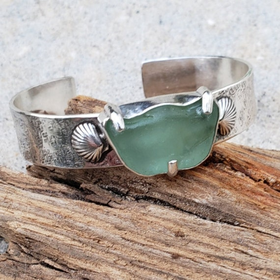 The Sea & Me Seaglass Sterling Cuff