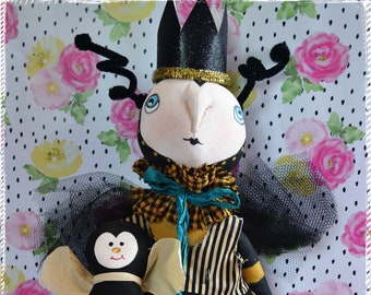 Primitive Folk Art Whimsical Bumble Bee and Baby Bee Cloth Dolls #1