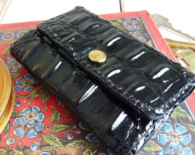 Black vinyl key holder, crocodile design