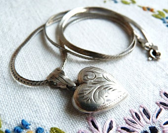 Sterling-silver heart-shaped picture locket necklace