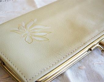 CAMBRIDGE genuine leather beige wallet / purse