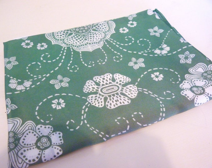 1950s-60s retro print green scarf - Made in Japan