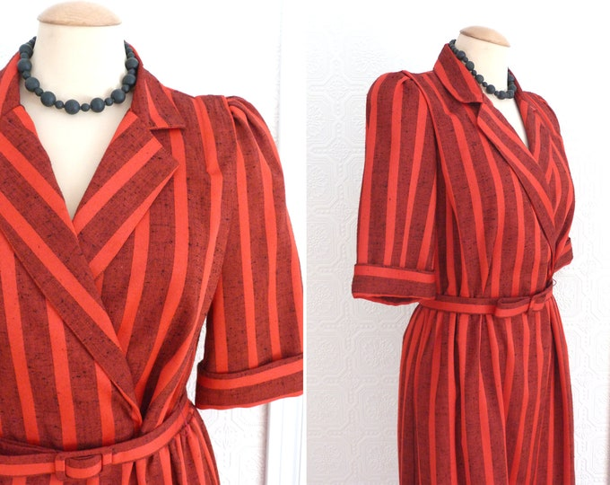 Tailored waist red dress with stripes