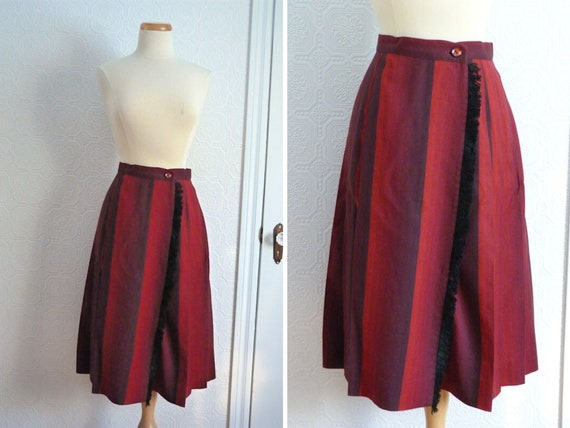 Woolen wrap skirt with fringes