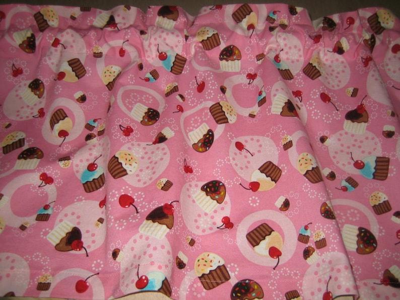 Cupcake Curtain Valance 41
