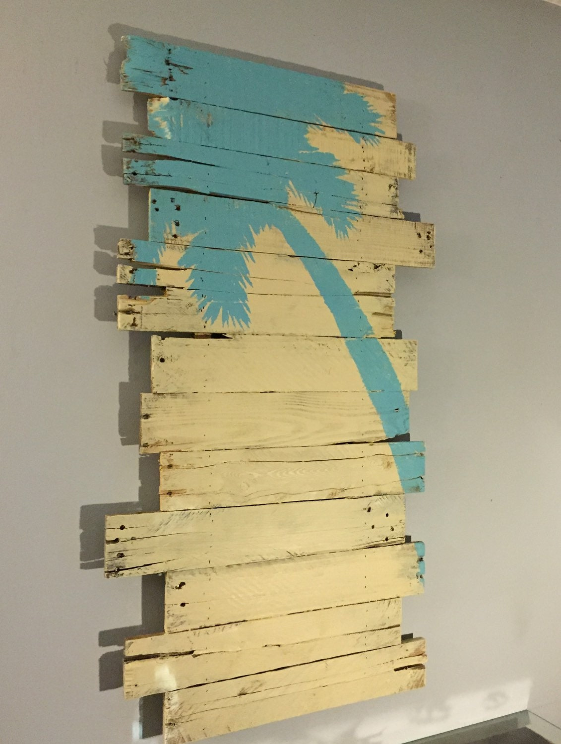Blue Palm Tree on Cream Background Reclaimed Pallet Wood Wall ...