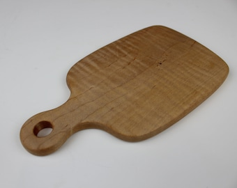 Small Pestle-Shaped Bar Board in Curly Maple