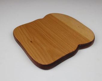 Toast with Crust Board in Beech