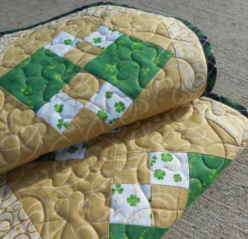 St Patricks Day Table Runner green gold shamrock irish party decor Quilted holiday topper patchwork ireland handmade buffet dining