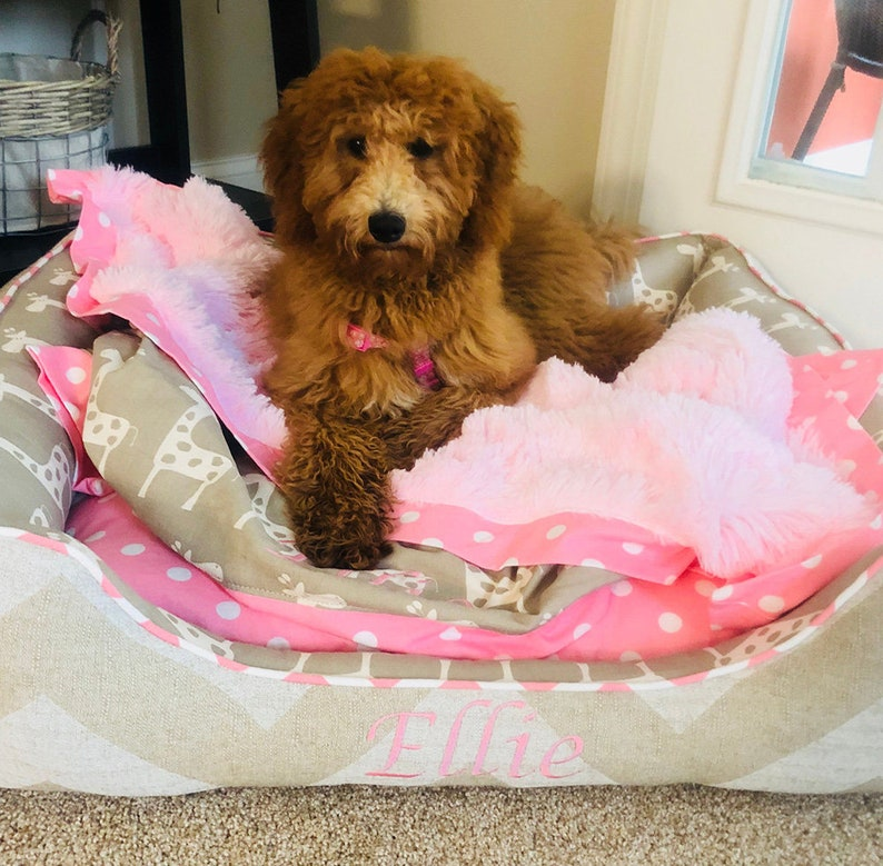 Puppy Beds Golden Retriever bed Pink Dog Beds Large Dog bed Personalized Dog Bed with washable cover Cute Dog Bed Gift for Dog Moms