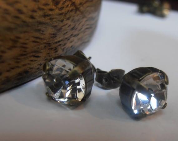 Clear Swarovski Crystal Stud Earrings / Pierced 8mm Antique Bronze Post Earrings / Costume earrings / Jewelry