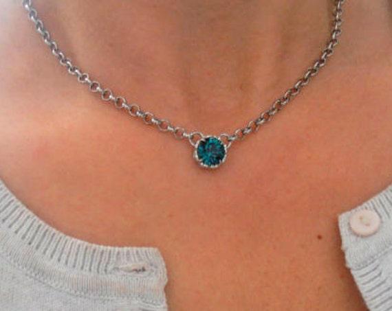 Emerald Necklace w/ Swarovski / Minimalist Art Deco Pendant