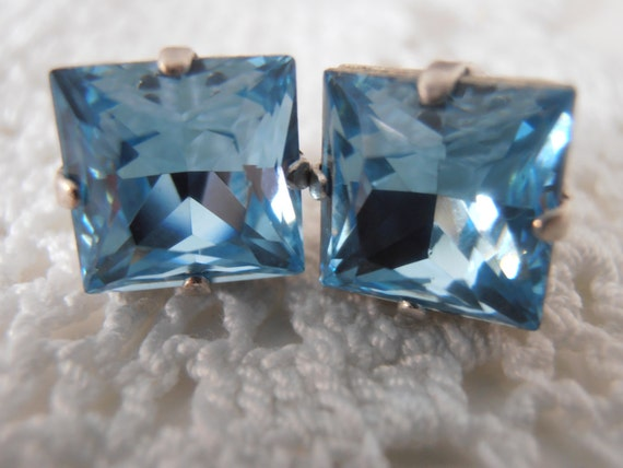 Aquamarine, Square,10mm, Swarovski crystal, Princess Cut, 4447, Antique Silver, prong setting, Post, Stud earrings, Costume Jewelry