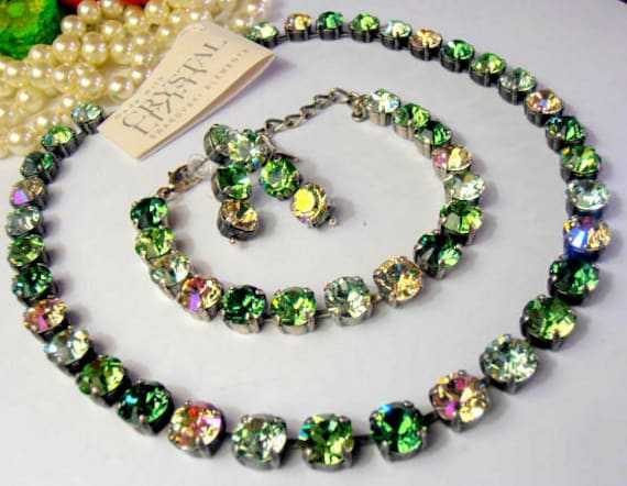 Swarovski Crystal Necklace / Tennis Choker / Cupchain Chatons Necklace