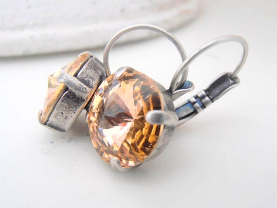 Swarovski Earrings / Light Peach / Crystal Dangle Rivoli Earrings / Vienna Leverback Drop 12mm Earrings / Antique Silver
