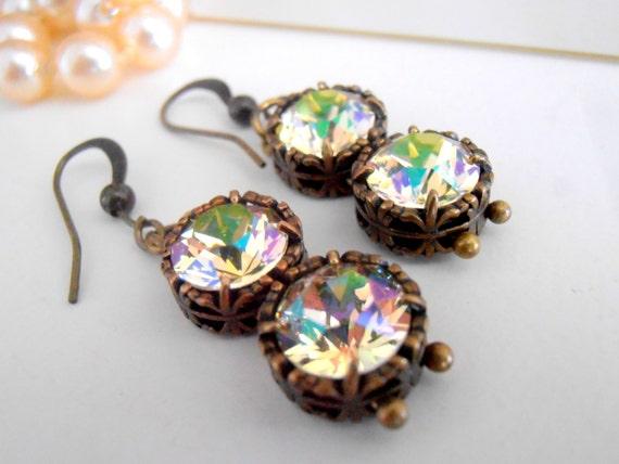 Luminous Green Drop Earrings w/ Swarovski Crystals / Art deco Fancy Jewelry