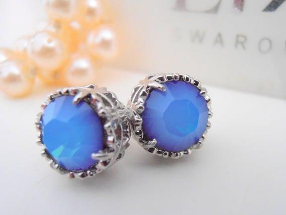RARE Swarovski Stud Earrings / Crystal Studs / Pierced Post Earrings / White Opal Star Shine / Filigree in Surgical Steel / Fashion Earrings