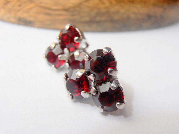 Siam Red, Swarovski crystal Studs, Platinum, Flower, 6mm prong setting, Post Earrings, costume jewelry