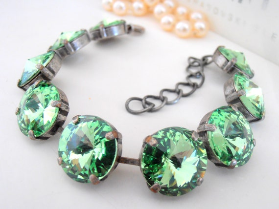Rivoli Tennis Cupchain Peridot Bracelet w/ Swarovski Crystals 1122 14mm / Statement Jewelry for women