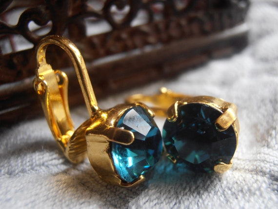 Clip on Swarovski Gold Earrings / Non Pierced Minimalist Jewelry for women and Girls