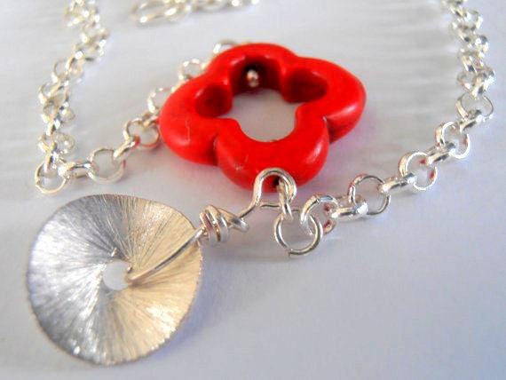 Red Clover Gemstone Howlite Charm Bracelet • Dainty Summer Jewelry