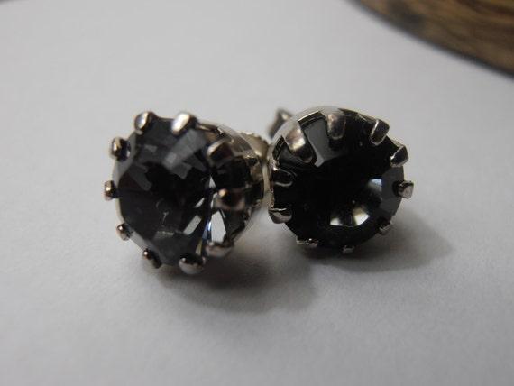 Silver night stud earrings w/ Swarovski crystal chatons • Girls Jewelry