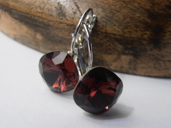 Burgundy Swarovski Cushion Cut Leverback Earrings / 4470 Crystal Drop Jewelry / January Birthstone Wine Red 12mm  / Birthday Gift for women