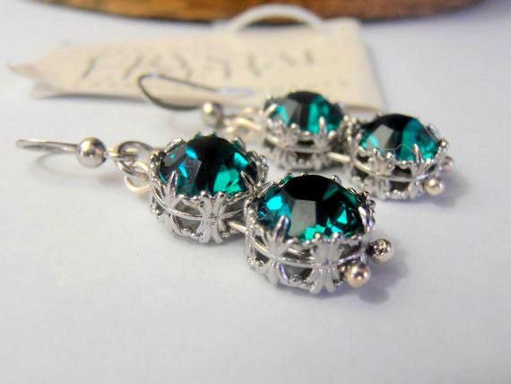 Handmade Emerald Swarovski Crystal Earrings • Hook earring • Drop Art Deco Jewelry