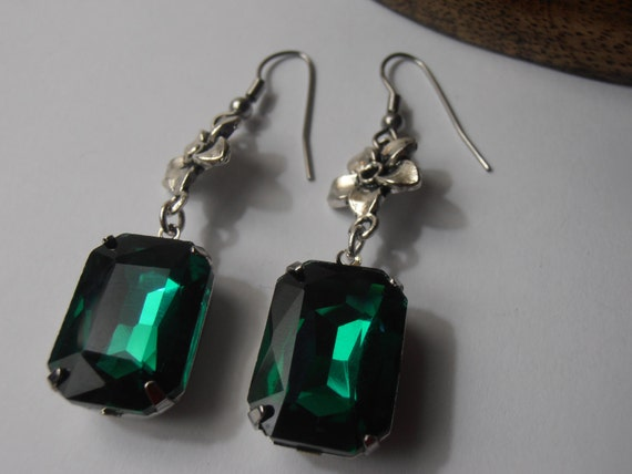 SALE ITEM Austrian Emerald crystals 13x18mm Vintage Rectangular Rhinestones Silver tone setting hook dangle earrings