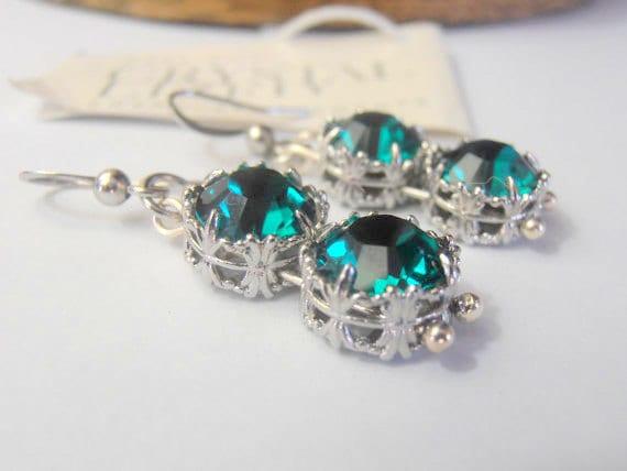 Emerald Swarovski Art Deco Earrings / Women Bridal Crystal Jewelry / Dangle Drop Platinum filigree Round Setting / Birthday Gift for her