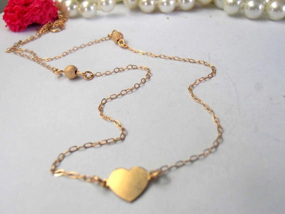 Dainty Gold Heart Necklace / 14k Gold Filled Pendant / Minimalist Jewelry / Gift for her / Small Delicate Everyday Jewellery