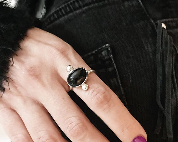 Sterling Silver ring,black onyx ring,oval ring,boho ring,black ring,black agate ring,minimalist ring,silver 925 silver,sideways  oval ring