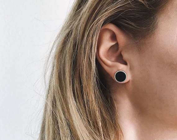 Studs earrings,Silver studs earings,Round studs earrings,silver 925 earrings,black earrings,black onyx earrings,small earrings,small studs