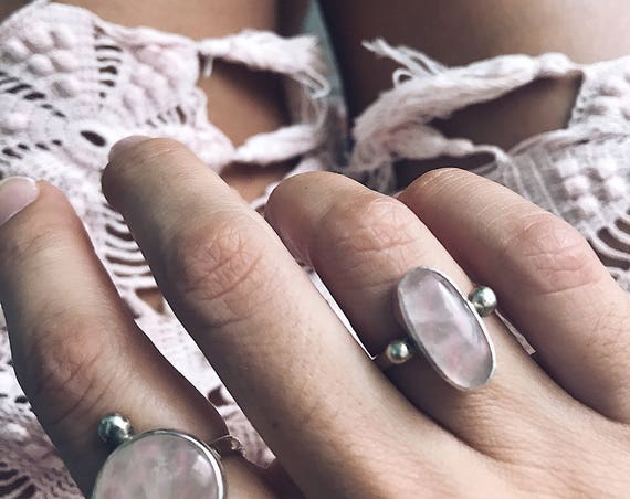 Sterling Silver ring,rose quartz ring, ring,crystal ring,pink crystal ring,minimalist ring,silver 925,solid silver ring,boho ring,oval ring