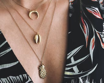 Gold shell necklace,gold cowrie necklace,gold sea shell,hawaiian shell necklace,gold filled cowry necklace,layering necklace,mermaid pendant