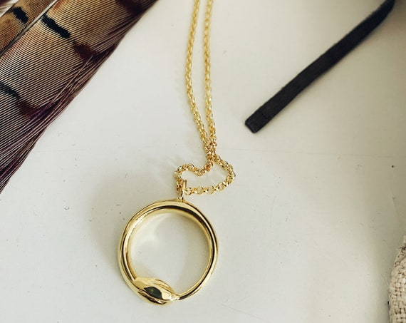Gold necklace,gold snake pendant,gold snake necklace,ouroboros necklace,alchemist necklace,round necklace,gold filled silver 925 necklace