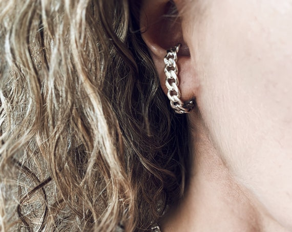 Ear cuff,silver ear cuff,chain earrings,sterling silver ear cuff,silver suspender earring,chain ear Cuffs,link Earrings,bold Earrings,silver