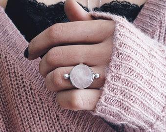 Sterling Silver ring,rose quartz ring, ring,crystal ring,pink crystal ring,minimalist ring,silver 925,solid silver ring,boho ring,round ring