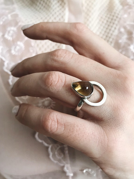Citrine ring,yellow gemstone ring,birthstone ring,sterling silver ring,raw citrine ring,teardrop ring,silver 925 ring,