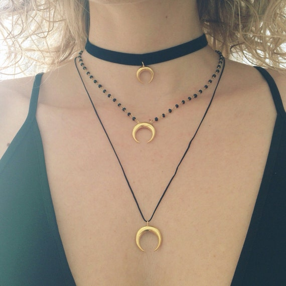 Silver moon necklace,Tusk necklace,Horn necklace,chiara ferragni,honr pendant,Moon phases,Wicca pendant,Gold horn pendant,crescent horn pend