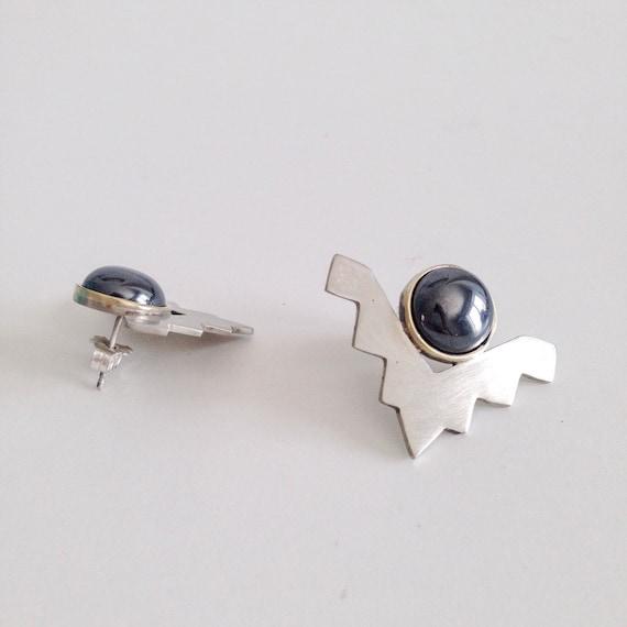 sterling silver earrings,silver studs earrings,chevron earrings,triangle stud earrings,geometric studs,black onyx earrings,round earrings