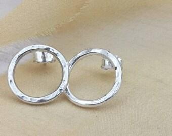 Handmade sterling silver circle stud earrings #silver studs #minimalist studs #contemporary studs #northernireland #handmade studs