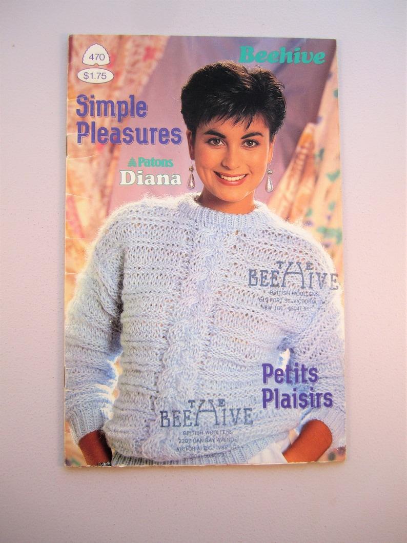 b80aab7ba222b4 Patons Beehive 470 Simple Pleasures Women s Ladies