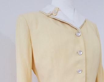 1940's Vintage WOMENS' Yellow Light Weight Rayon GABERDINE Fitted Suit Spring Fitted Jacket with Aline T-length Skirt Modern size 4