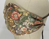 Maybe THE prettiest fall floral mask ever, vintage fabric