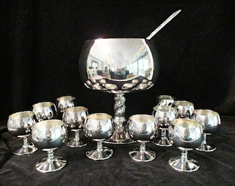 Silver Plate Punch Bowl Set, 14pc, Ladle Included, 12 Cups, Large Serving Bowl, Bridal or Wedding Shower Decor